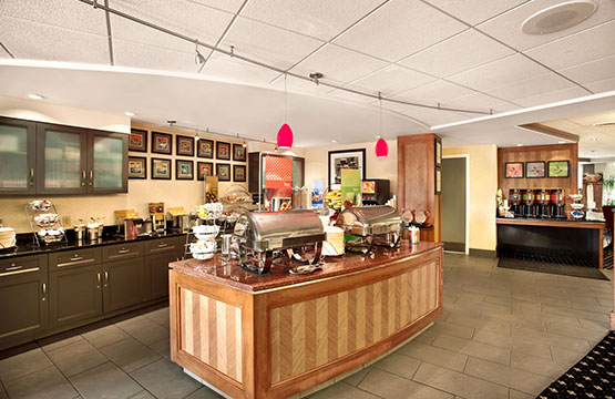 Hampton inn Lancaster PA Hotels Free Breakfast