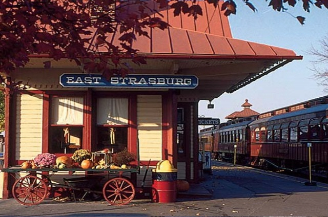 Shop for the train lover in your life right here at our East Strasburg Station. Our three stores include two gift shops and a toy store, featuring a wide selection of gifts and souvenirs to create a lasting memory of your visit. You'll find an assortment of products, including train-related gifts, books, toys and apparel; and items that represent Lancaster County too.