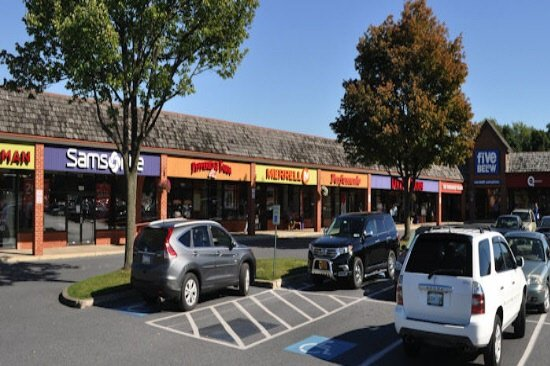 Rockvale Outlets in Lancaster, PA features over 90 stores. Come and enjoy a day of shopping at our premium outlet mall