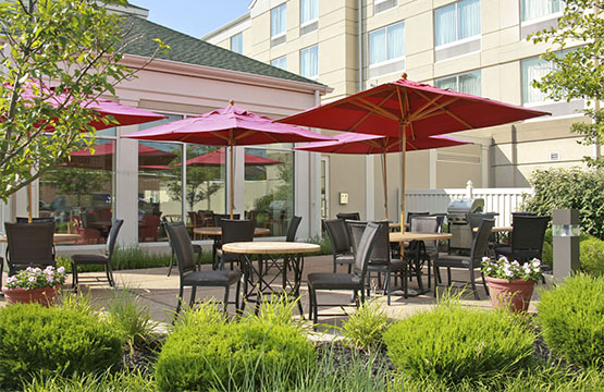 Restaurant with Outdoor Seating at Hilton Garden Inn Hotel Wilkes Barre PA