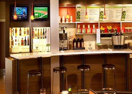 Courtyard Marriott Cafe and Bistro